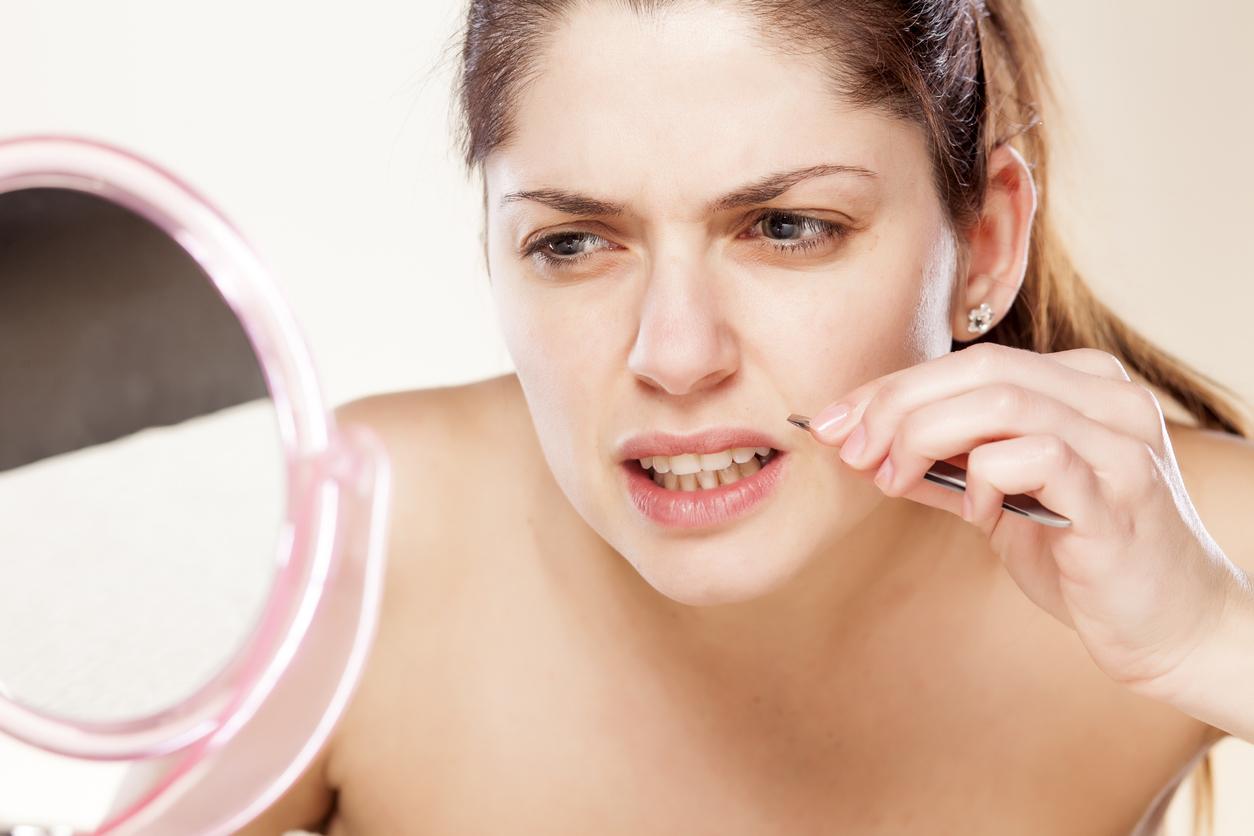 Es normal que las mujeres tengamos vello facial, el cual, normalmente es muy fino y casi imperceptible